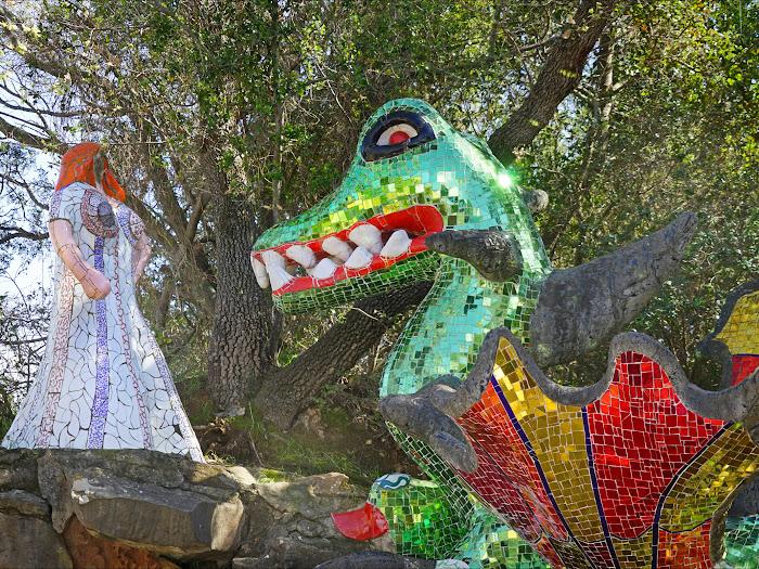 Niki de Saint Phalle, La Forza, Giardino dei Tarocchi, Capalbio