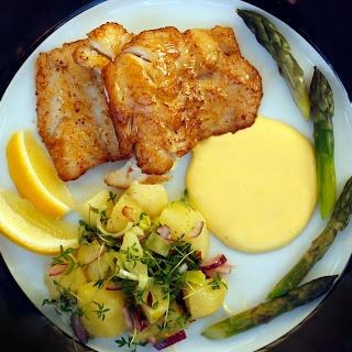 Pan Fried Haddock Hollandaise.