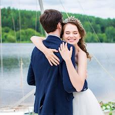 Wedding photographer Vlada Adrianova (vlada). Photo of 19.06.2016