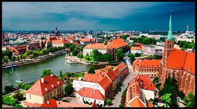 """Photo: Schöne Stadt an der alten Bernsteinstraße.   Der Name Wroclaw / Breslau (""""Preßlau"""" / """"Prassel"""") wurde gleichzeitig mit dem lateinischen Namen Vratislavia benutzt.  Fotos aus Europa: http://goo.gl/xJ6VQ8"""