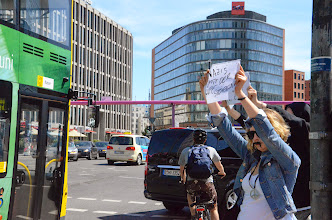 """Photo: """"Hupen gegen Nazis"""""""