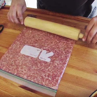 Smoked bacon weave wrapped stuffed sausage roll? Yes, it's possible!