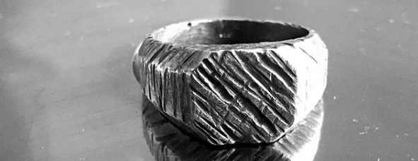 A men's ring design designed and forged by Kim