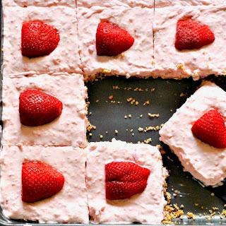 Keto No-Bake Strawberry Cream Pie Recipe