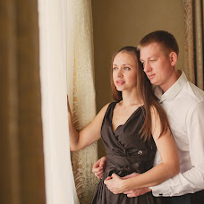 Wedding photographer Olesya Yarceva (sonyalisa). Photo of 21.01.2014