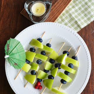 Green Apple Blue Berry on Sticks-party appetizer
