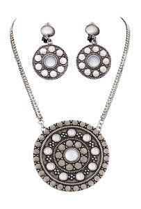 Smyckes-set, medeltid