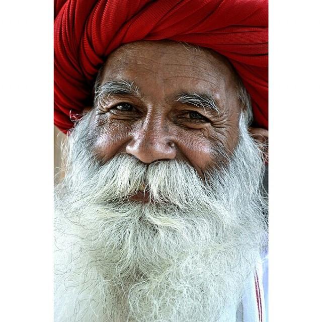 Il volto di un uomo è la sua autobiografia. O.Wilde  di simhoney