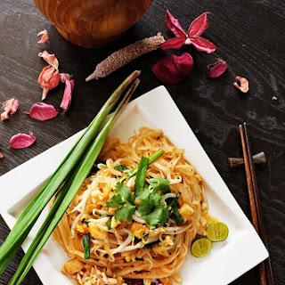 Street Food Style Pad Thai.