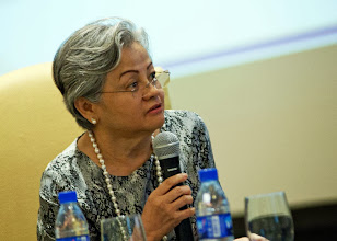 Photo: 22 August 2013 - General Monthly Meeting of FINEX. Moderator for the panel discussion Conchita Manabat