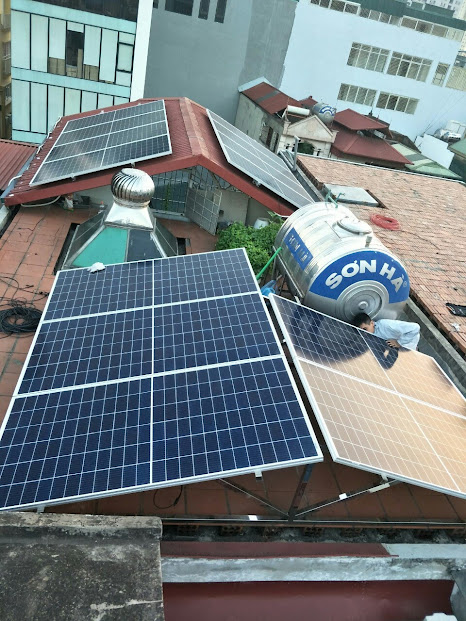 pin mặt trời áp mái