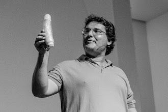 """Photo: José Miguel @jmmulet, autor de """"Comer sin miedo"""", en su momento shakesperiano matutino."""