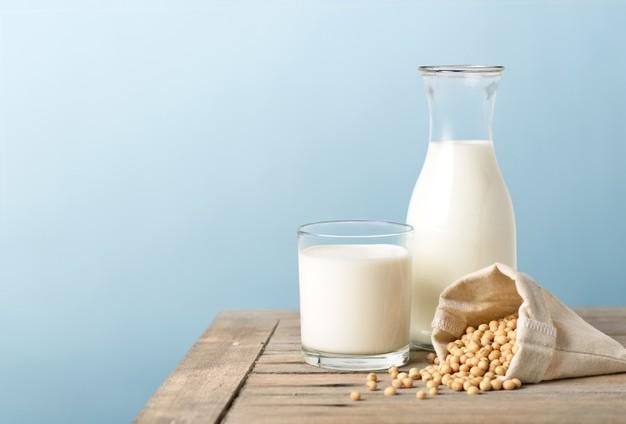 1. ประโยชน์ของน้ำเต้าหู้ เหมาะสำหรับผู้ที่มีปัญหาดื่มนมวัว