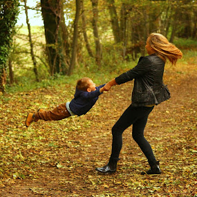 family time by Monika Wierzbicka - People Family ( playing, sister, love, autumn, family, brother, kids )