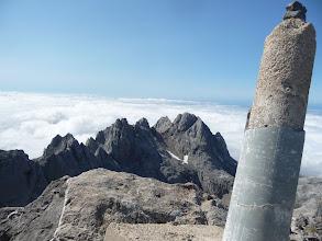 Photo: Desde la cima se sigue viendo Peña Santa de Enol