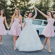 Wedding photographer Karolina Grzegorzek (KarolinaGrzegor). Photo of 11.04.2018