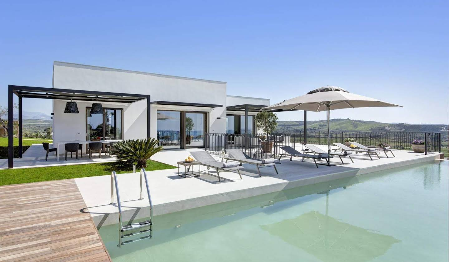 Villa with pool Sciacca