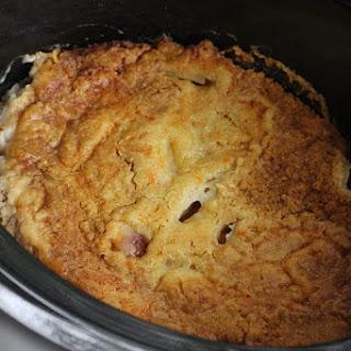 3-Ingredient Slow Cooker Peach Dump Cake