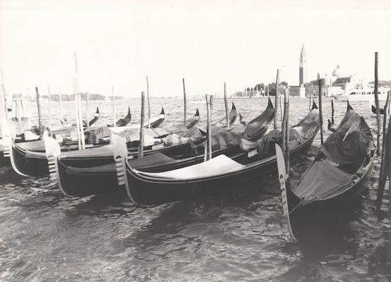 Gondole all'ormeggio di Antonio De Felice