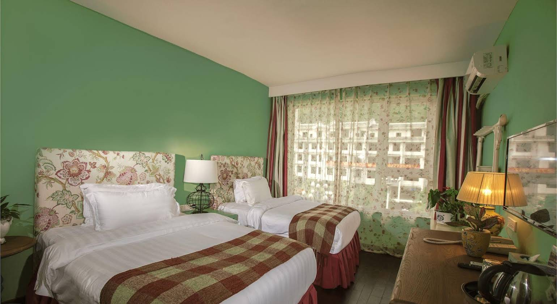 Michael's Inn & Suites