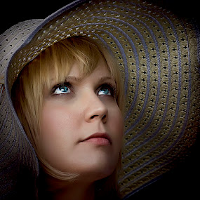 The Hat by Cheri McEachin - People Portraits of Women