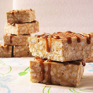 Cookie Butter Rice Krispies No Bake Bars.
