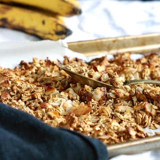 Caramelized Banana Granola (Oil-free and Sugar-free)