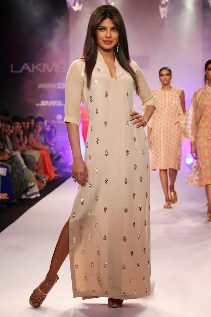 Priyanka Chopra legs, Priyanka Chopra feet, Priyanka Chopra hot