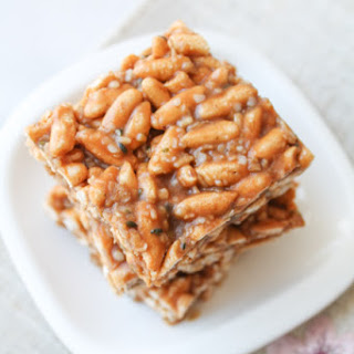 Protein Powered Rice Crispy Squares – Vegan & Gluten Free