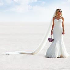 Wedding photographer Taner Kizilyar (TANERKIZILYAR). Photo of 19.10.2018