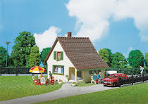 130204 Litet hus med veranda