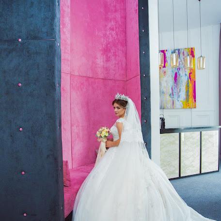 Wedding photographer Oksana Martynova (OksanaMartynova). Photo of 31.10.2017