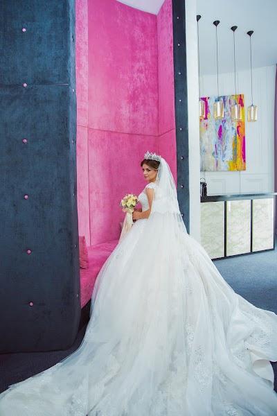 Bryllupsfotograf Oksana Martynova (OksanaMartynova). Bilde av 31.10.2017