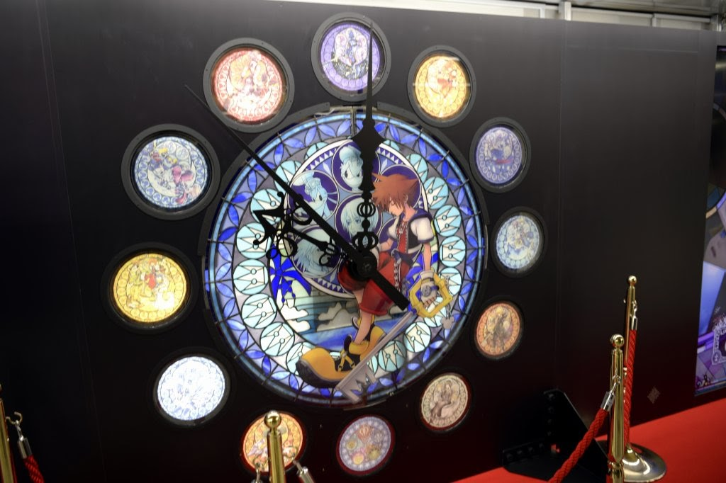 Memorial Stained Glass Clock ฉลองครบรอบ 15 ปี Kingdom Hearts