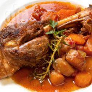 Slow Cooked Red Wine Lamb Shanks