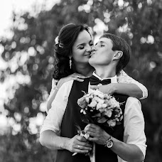 Wedding photographer Oleg Smolyaninov (Smolyaninov11). Photo of 23.09.2017