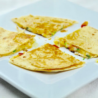 EASY CHEESE QUESADILLA - A HEALTHY SNACKS IN 10 MINS