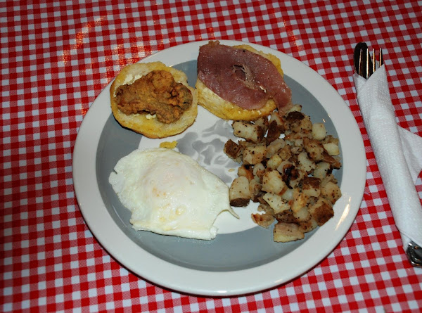 Country Ham, Fried Oyster Biscuit (hobs) Recipe
