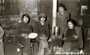 Photo: Şeraffetin SÜT. Zabit ÖZAKDAĞ. Mevlüt KARADOĞAN. Efendi SARIKAYA Yıl:1975 .