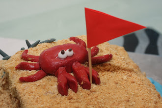 Photo: Close up on part of the sandcastle cake