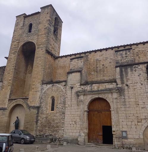 photo de église de Pernes les Fontaines
