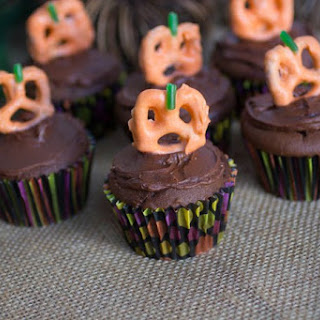 Double Chocolate Pumpkin Cupcakes