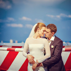 Wedding photographer Valentin Knysh (alicat). Photo of 17.08.2013