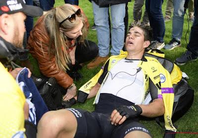 """Wout Van Aert helemaal leeg na pechdag in Roubaix: """"Ik kan eigenlijk niets zinnigs zeggen"""""""
