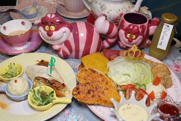 網美必拍 夢幻愛麗絲主題餐廳森林饗宴 彷彿進入童話世界