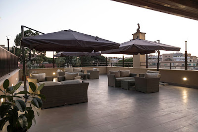THE HOTEL - Terrace