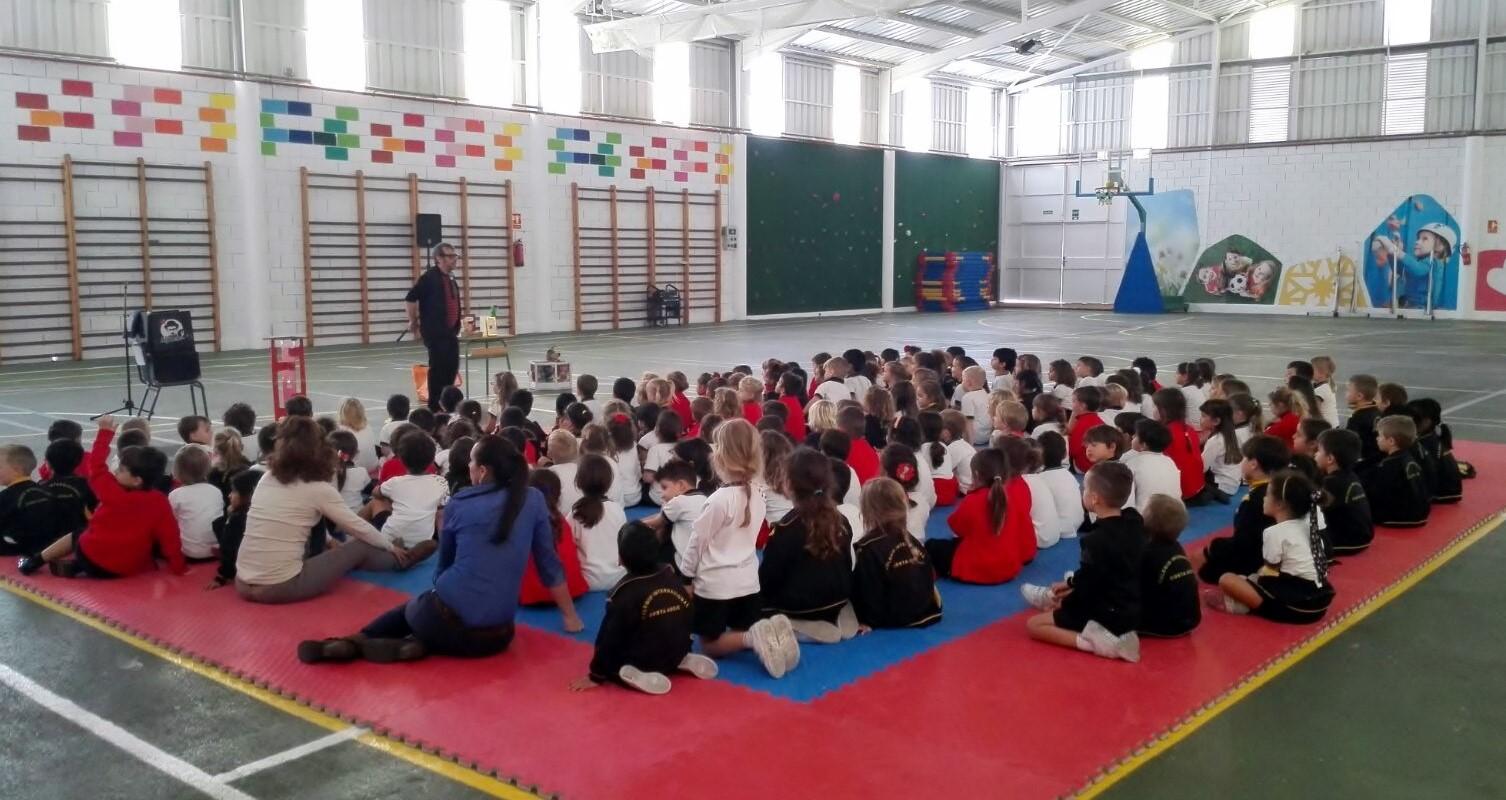 magia en gimnasio para colegios mago madrid 2017
