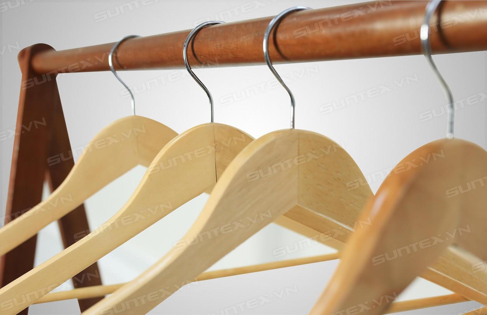 Móc treo gỗ có những ưu điểm gì nổi bật?