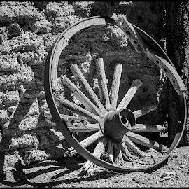 Wagon Wheel by Dave Lipchen - Black & White Objects & Still Life ( wagon wheel )
