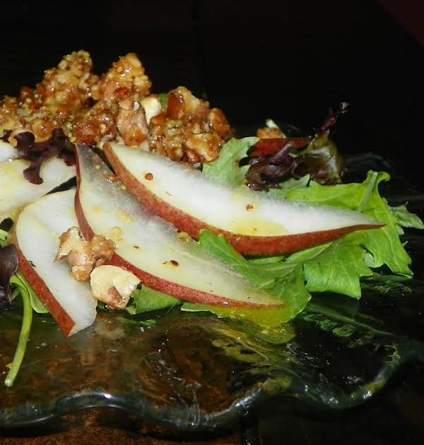 Candied Pecan, Pear, And Leafy Green Salad